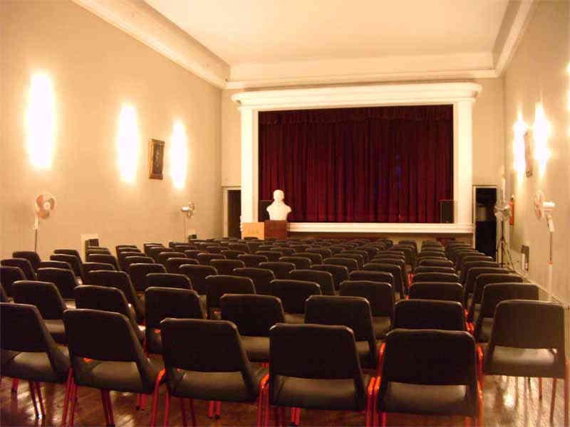 Salón de Actos de la CEA - Salón Urania